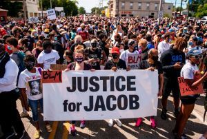 Kenosha Police Revealed Officer Who Shot Jacob Blake Was Cleared For Duty Two Weeks Ago