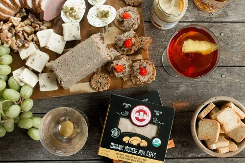 Charcuterie Board and Cocktail Pairings