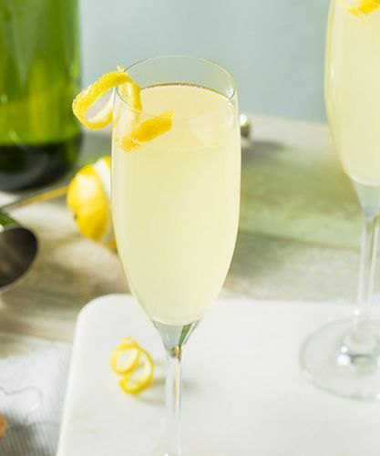 We Asked 6 Bartenders: What's the Best Champagne Cocktail?