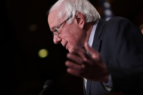 Bernie crushes 2020 Democratic field in first-day money chase