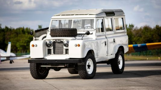 Whoa: A Vintage Land Rover Restomod That's Not Laughably Garish