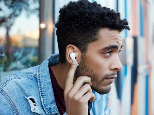 5 reasons you should buy Apple's $30 earbuds instead of the $160 AirPods