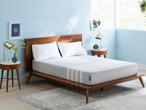 I slept on a memory foam mattress from popular online startup Leesa - and it was actually really impressive