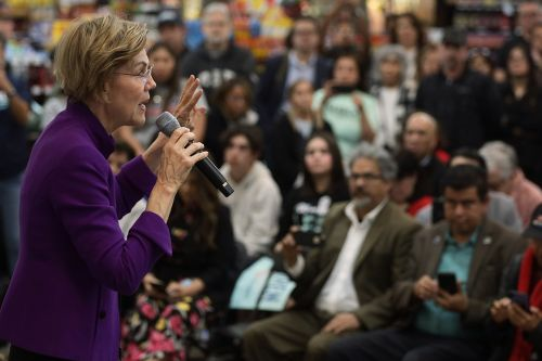 Warren leaves door open for super PAC spending