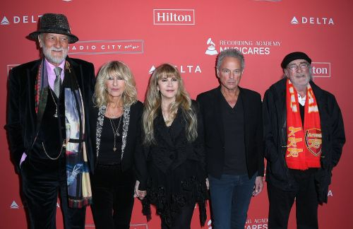 Lindsey Buckingham sues Fleetwood Mac