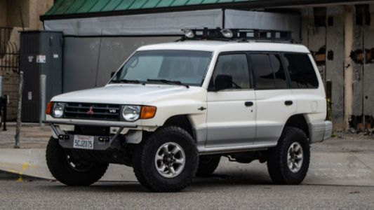 Here's Why a Mitsubishi Montero is the Best Buy inClassic SUVs Right Now