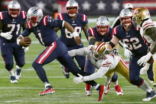 Patriots bench Newton, Garoppolo's return ends in 49ers blowout win
