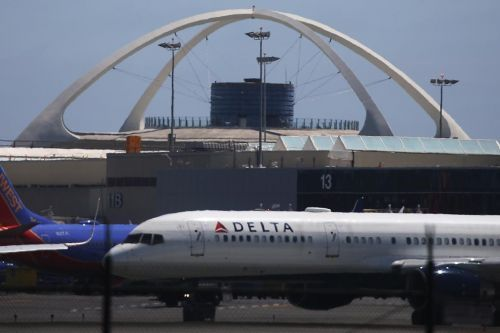 Customs airports systems reportedly down nationwide