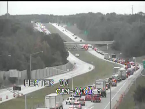 5-vehicle crash blocks all lanes of I-265 West