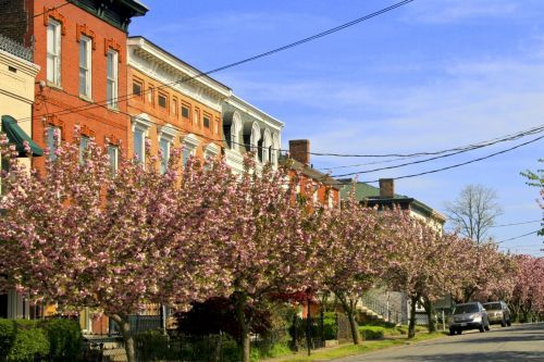 Virginia's Small Towns: A Three-Day Vacation Guide to Lynchburg
