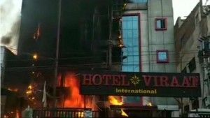 5 charred to death as North India's Lucknow hotel got fire