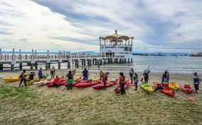 To help tourism, Malaysia resumes funding