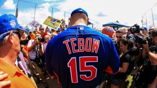 Mets GM Sandy Alderson thinks Tim Tebow will play in major leagues