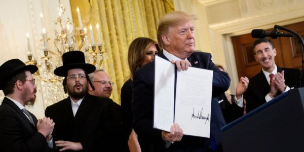 Experts are saying Trump's anti-Semitism critics got it wrong - and the president's order doesn't reclassify Judaism as a nationality