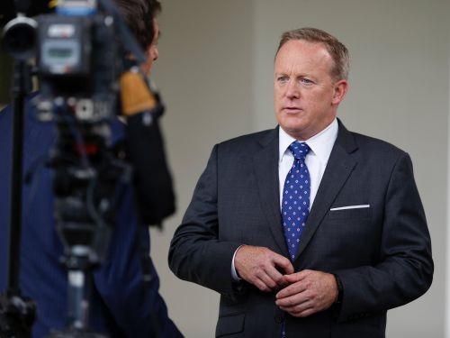Major news networks won't hire Sean Spicer - and now he might want a reality show