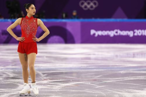The surprising engineering behind Olympic skaters' costumes