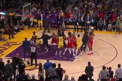 Chris Paul & Rajon Rondo Threw Punches During Lakers-Rockets Game