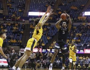 No. 23 Kansas State beats West Virginia to keep Big 12 lead