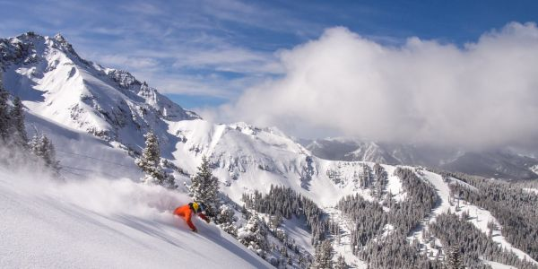 The 25 best ski resorts in America according to skiers and snowboarders