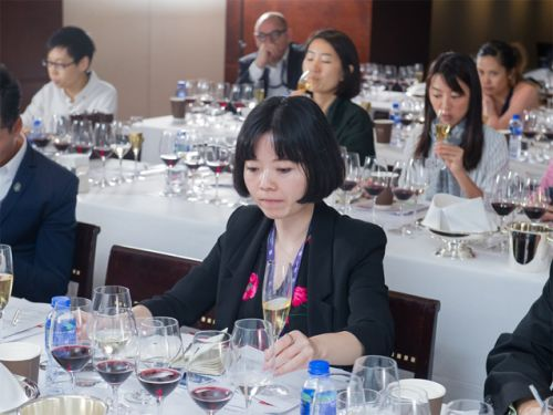 COVID-19 resources for North American wine professionals, rent relief options, a live chat with a colleague in Hong Kong, and another virtual tasting video