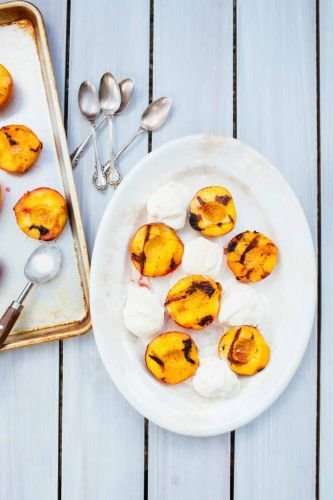 How To Grill Peaches: The Easiest, Simplest Method