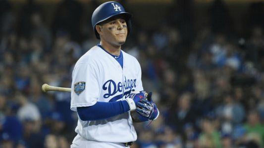 MLB hot stove: Manny Machado's 'first choice' is to sign with Yankees, report says