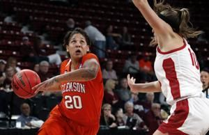 Edwards' 3s lead Clemson over South Dakota 79-66 in NCAAs