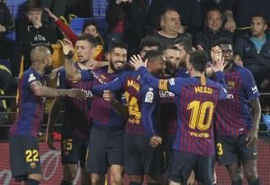 Atletico visits Barcelona with last chance to make title run