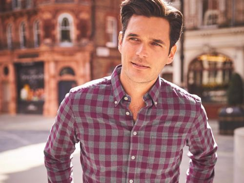 Save over $80 on dress shirts at Charles Tyrwhitt - and more of today's best deals from around the web