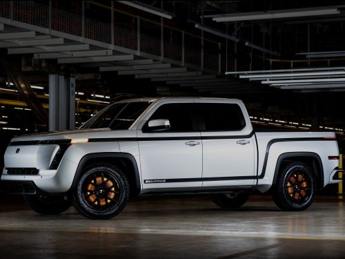 Lordstown Motors has unveiled its $52,500 Endurance truck that's set to be the first electric pickup to market