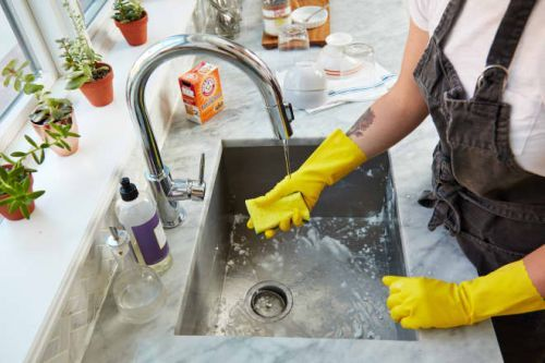 The Best Dishwashing Gloves for Less than $5 per Pair