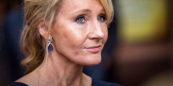 JK Rowling is mocking Trump for making a spelling error in a tweet boasting about his writing prowess