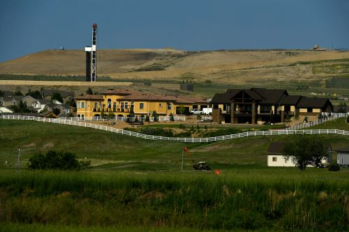 Oil industry gets aggressive in fight over Colorado ballot measure to protect public from drilling