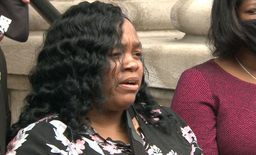WATCH LIVE: Family of Breonna Taylor to speak after Kentucky AG's decision in deadly shooting probe
