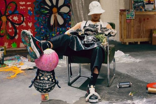 """G-Dragon's PEACEMINUSONE Shows off Bedazzled Nike Air Force 1 """"Para-Noise"""""""