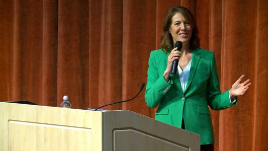 Rep. Cindy Axne to vote for impeachment against President Trump