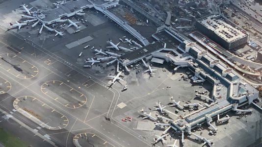 Flights Delayed At LaGuardia, Other Airports As Workers Call In Sick Amid Shutdown