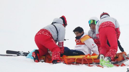 Winter Olympics 2018: Japanese snowboarder stretchered away after halfpipe crash