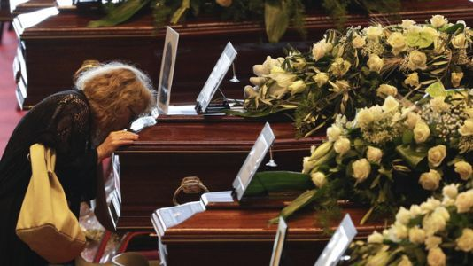 As Death Toll Rises, Mourners Gather To Honor Victims Of Italian Bridge Collapse