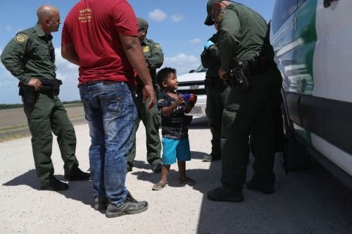 Can Trump even reunite migrant kids with their parents? House Dems want answers