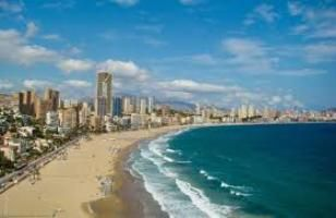 Benidorm tourism: Hotel industry goes down