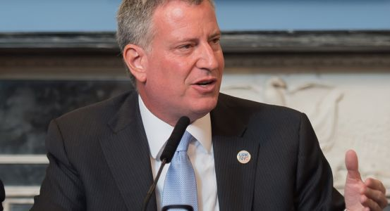 Bernie's latest bro: De Blasio goes on the offensive, urges Warren to endorse Sanders
