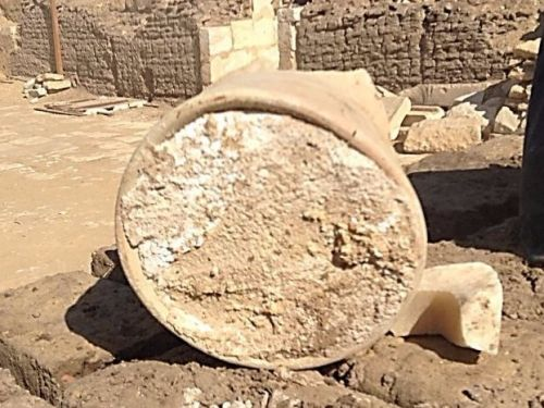 The world's oldest cheese has been found in a tomb in Egypt and it might be poisoned - but people want to eat it anyway