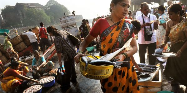 From Street Food and Shrines to Oceanfront Sunsets, See Mumbai Like a Local