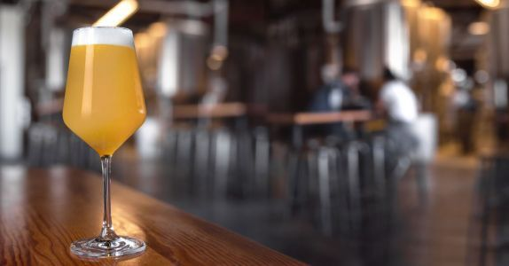 We Asked 30 Beer Pros: Are New England-Style IPAs Overrated?