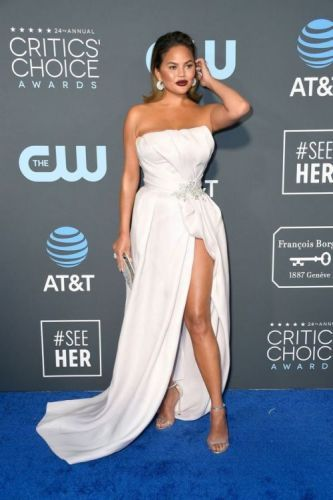 The 10 Best Looks From The Critic's Choice Awards: Chrissy