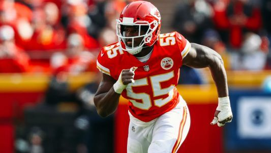 Chiefs LB Dee Ford describes crucial offside penalty as 'sloppy football'