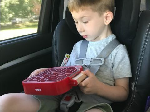 5 screen-free travel toys that keep my 4-year-old kid calm and content on long car trips and flights