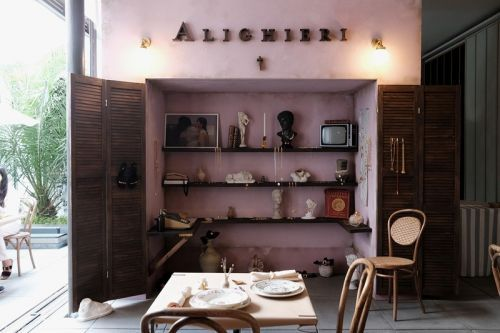 """Alighieri Launches Italian Piazza-Themed """"Old Town"""" Pop-Up"""