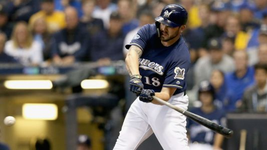 MLB hot stove: Mike Moustakas could be Phillies' contingency plan for Manny Machado, report says